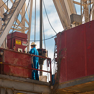 Oil and gas well drilling: hazards and precautions