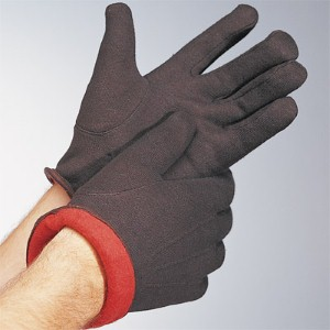 Get extra warmth from heavily insulated work gloves