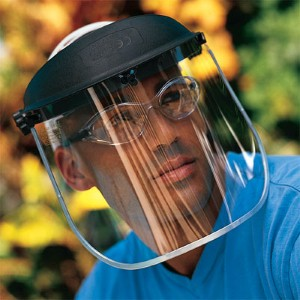NS® headgear offers fast, easy adjustment