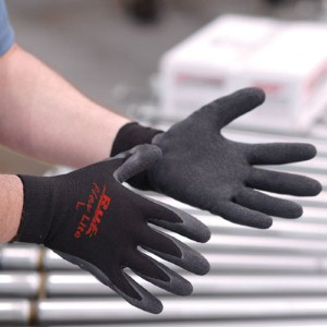 NS® Ruf-flex Lite's textured rubber coating offers durability and a superior grip