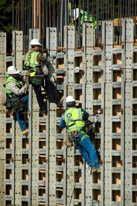 Study: Construction workers still have high injury and illness rates